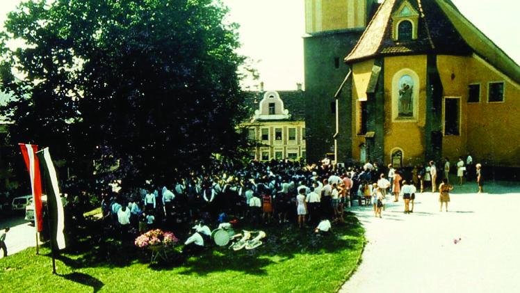 Gemeinsames Konzert am Kirchplatz