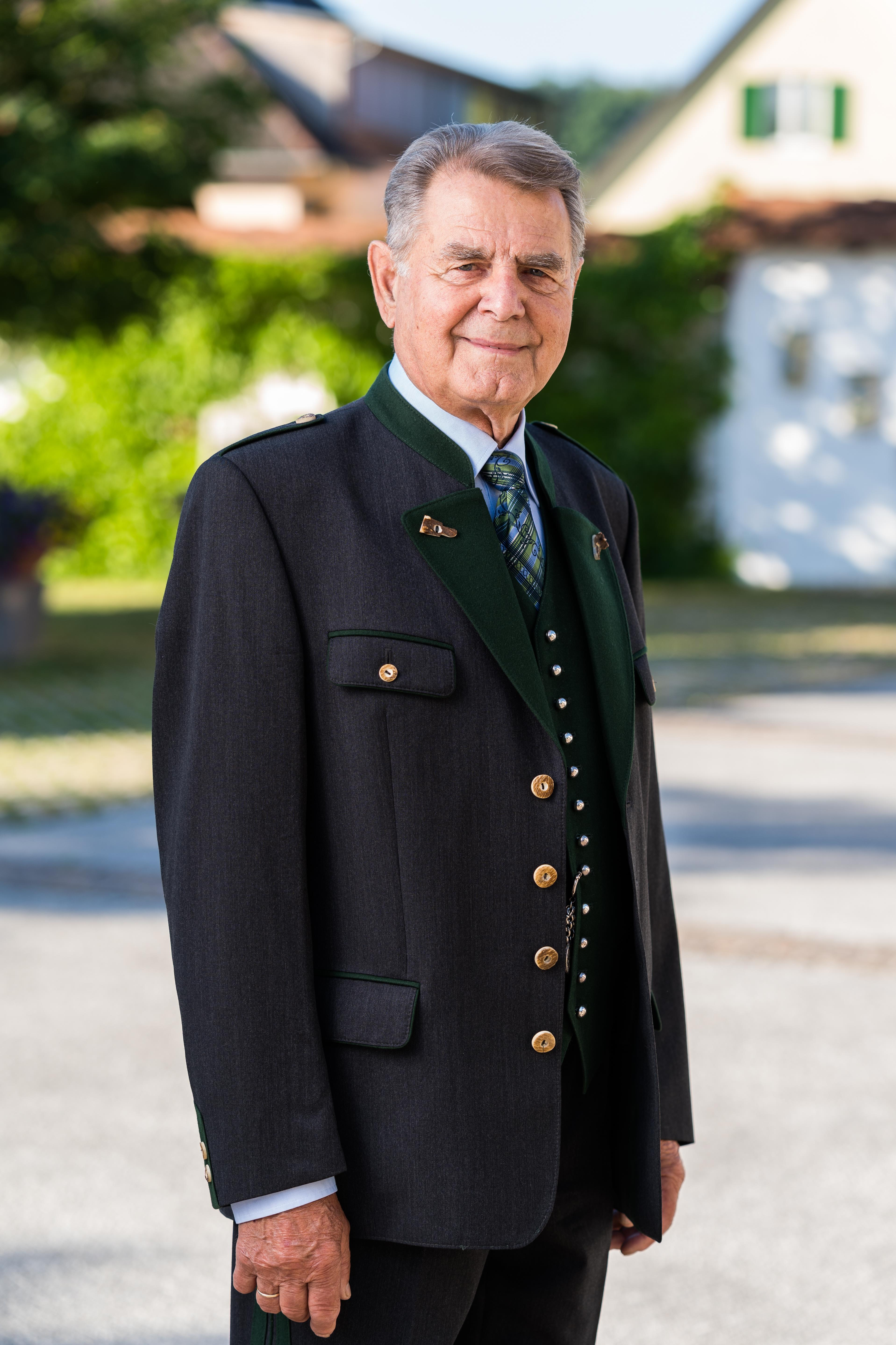 Ehrenkapellmeister Alfred Sailer sen. :